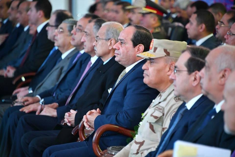 الفتاح السيسي في حقل ظهر بورسعيد2 - زيارة الرئيس عبد الفتاح السيسي محافظة بورسعيد حقل ظهر