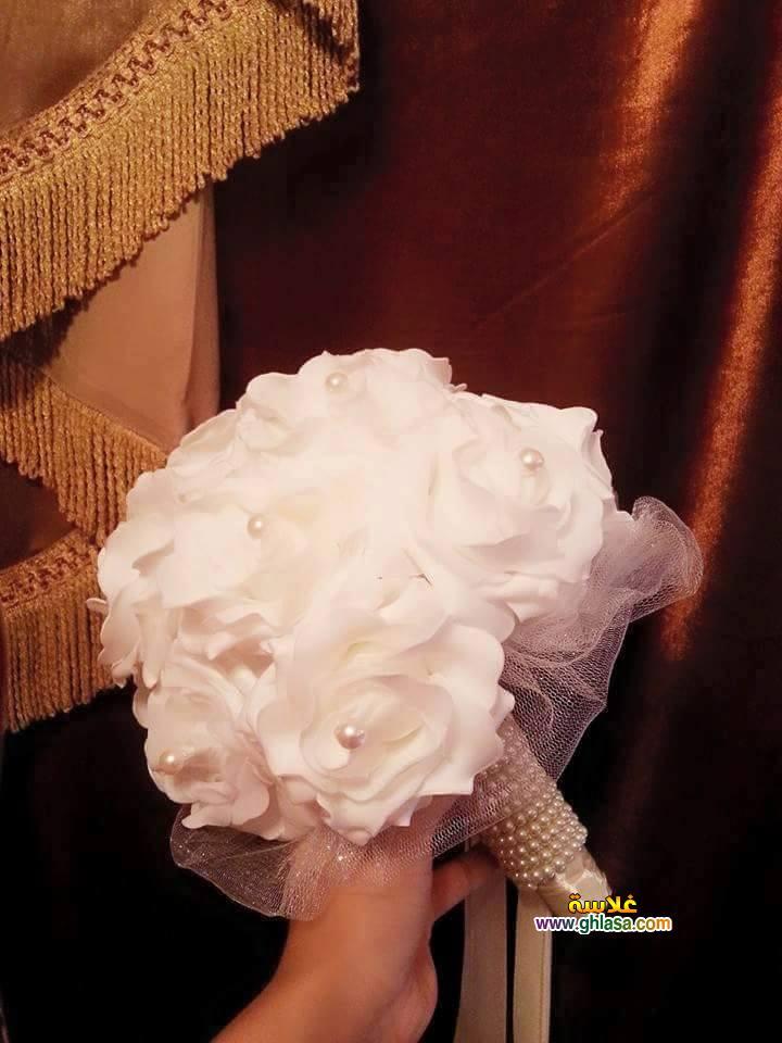 باقة ورد بيضاء