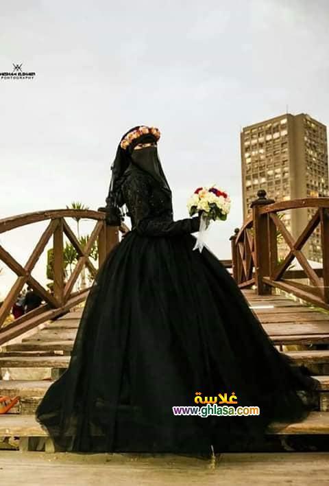 5 - اول عروسة مصرية ترتدي فستان زفاف اسود 2018