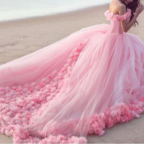 اجمل فستان خطوبة 2019