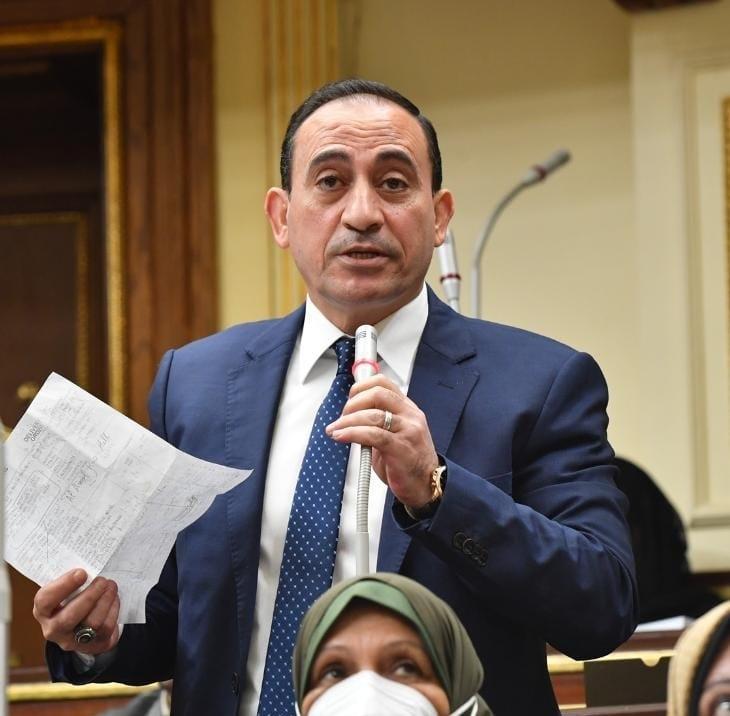 نائب مدينة ادكو محمد عبدالله زين الدين يتقدم بالشكر لصقور القوات المسلحة في مواجهة مافيا تهريب المخدرات والسلآح